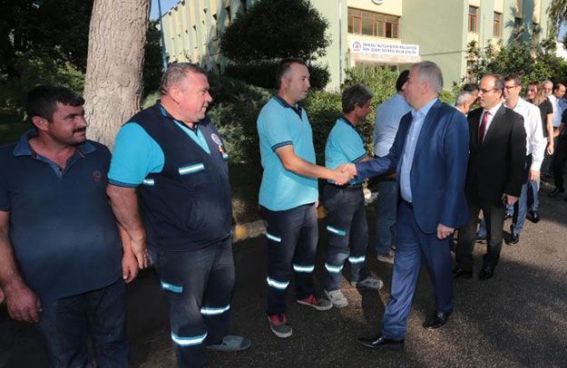 Başkan Osman Zolan, personeliyle bayramlaştı