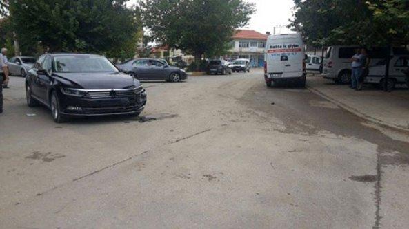 Şevkan'ın aracı hasarlı kaza yaptı