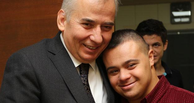 Özel çocuklardan Başkan Zolan'a özel ziyaret