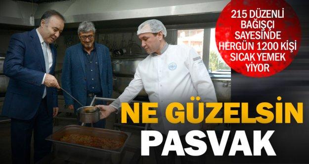 PASVAK her gün 1200 kişiye iki öğün yemek veriyor