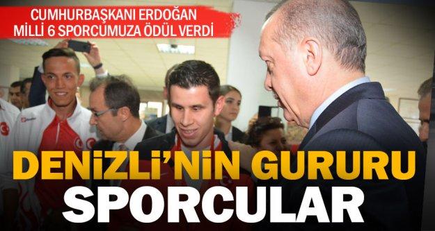 Cumhurbaşkanı Erdoğan'dan başarılı sporculara ödül