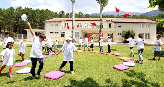 Gençlik Kampı devam ediyor