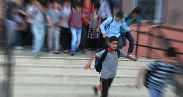 Okul önünde, 'kavga taciz' önlemi