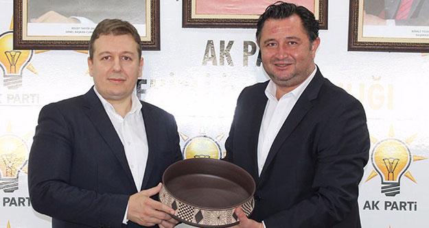 AK Parti Denizli'de hedef, 300 bin üye