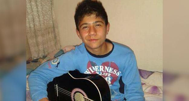 16 yaşındaki Murat kalbine yenik düştü