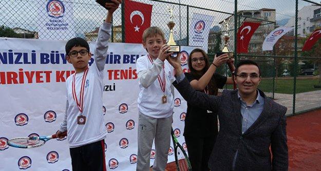 Büyükşehir'den tenis turnuvası