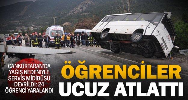 Denizli'de öğrenci midibüsü devrildi: 24 yaralı