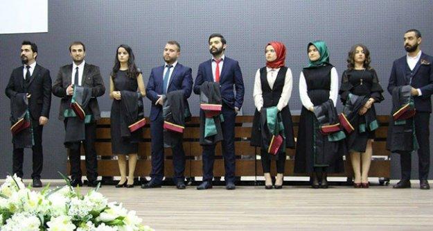 Denizli Barosu'nda 9 yeni avukat yemin edip göreve başladı