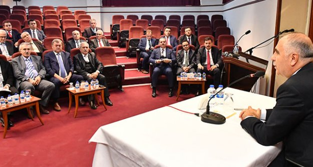 Vali Karahan'dan yatırım toplantısı
