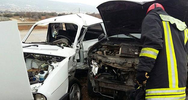 Cip otomobile çarptı, 1 kişi ağır yaralandı