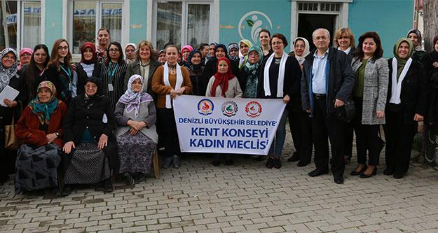 Kadın Meclisi'nden kadınlara seminer
