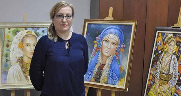 Kadın ressamdan 'kadın başı' sergisi