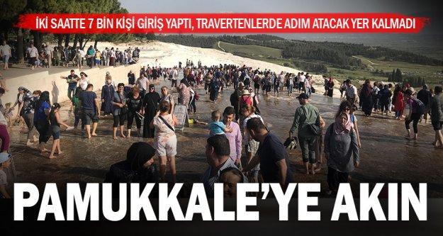 Pamukkale'ye vatandaşlar akın etti