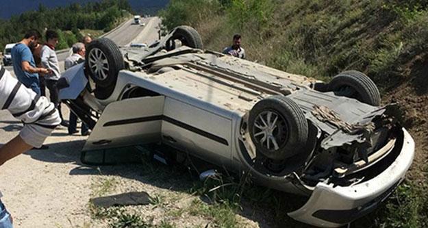 Takla atan araçta iki kişi yaralandı
