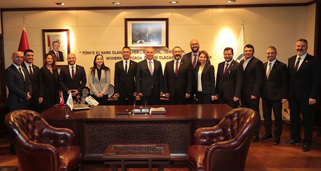 DEGİAD'dan Başkan Osman Zolan'a ziyaret