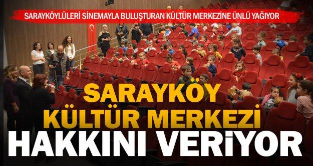 Sarayköy Belediyesi Kültür Merkezi'ne ünlü yağmuru