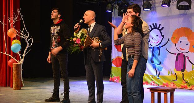 """Sarayköy'de tiyatro: 'Bir proje bir hayatı değiştirebilir"""""""