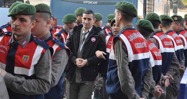 FETÖ'den 6 subaya verilen cezalar ile 41 sanık hakkındaki beraat kararı onandı