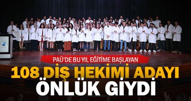 """Diş Hekimliği Fakültesi'nde 'Beyaz Önlük Giyme Töreni"""" düzenlendi"""