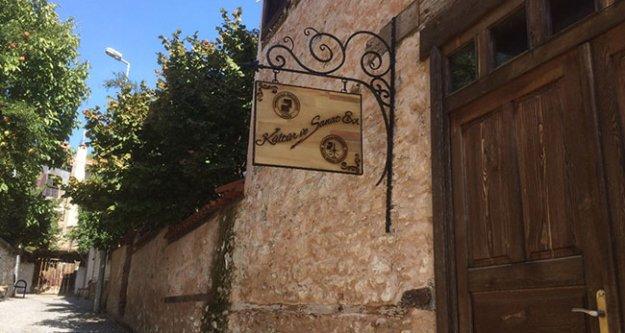 Tarihi Beyler Konağı kapılarını sanatçılara açıyor