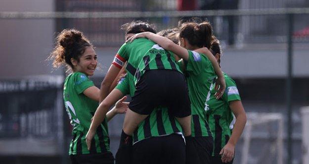 Horozkent gol oldu yağdı: 22-0