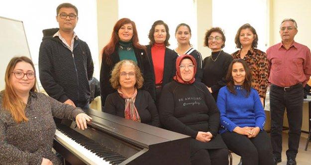 Sarayköylü emekliler boş zamanlarını müzikle geçirecek