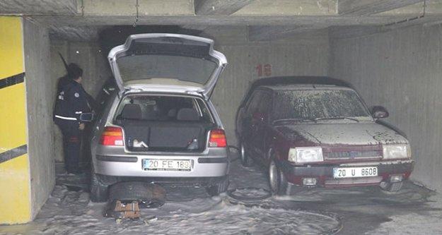 Otoparkta araç yangını