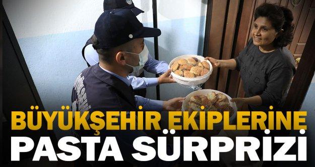 Büyükşehir ekiplerine pasta sürprizi