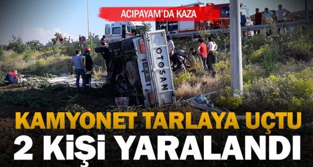 Denizli'de tarlaya devrilen kamyonetteki 3 kişi yaralandı