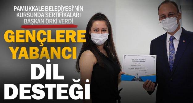 Pamukkale Belediyesi'nden gençlere yabancı dil desteği