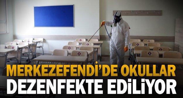 Merkezefendi'de okullar dezenfekte ediliyor