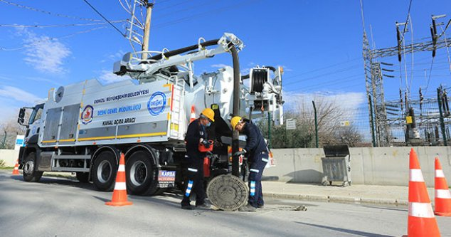 Çivril ve Sarayköy'de alt yapı hatları temizliği