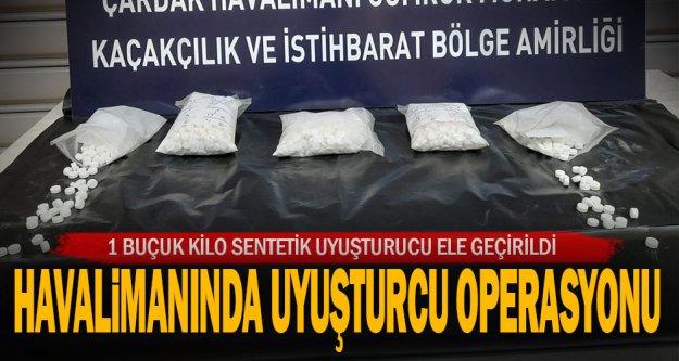 Havalimanında 1 kilo 580 gram sentetik uyuşturucu ele geçirildi