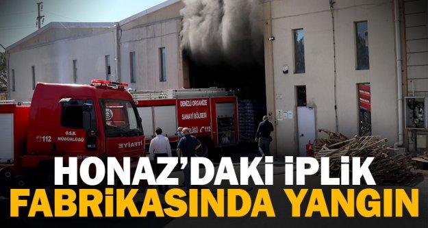 Honaz'da iplik fabrikasının deposunda çıkan yangın söndürüldü
