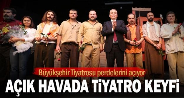 Büyükşehir Tiyatrosu perdelerini açıyor