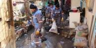 Çöp evler temizleniyor