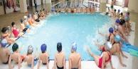 Denizlispor Yüzme Akademisinden çocuklara davet