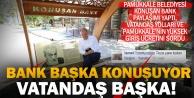 Vatandaş konuşan banktan önce yol istiyor, Pamukkale'ye girmek istiyor