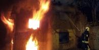 Metruk bina alev alev yandı
