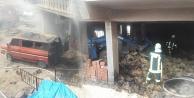 Samanlık yangını, iki aracı yaktı