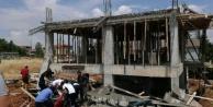 İnşaatta beton dökülürken çökme: 1 yaralı