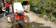 Acıpayam'daki kazada traktör ikiye bölündü