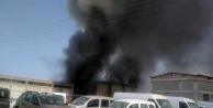 Mobilya ve dekorasyon atölyesindeki yangın korkuttu