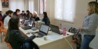 Gençlik Meclisinden grafik tasarım kursu