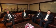 Ak Parti Ege Bölge Koordinatörü Çelebiden Başkan Zolan#039;a, ziyaret
