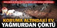 Koruma altına alınan ev, aşırı yağmurdan yıkıldı