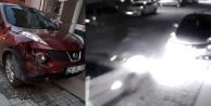 Otomobiline çarpıp, kaçanı bulmak için yardım istedi