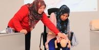 Pamukkale Belediyesi'nin ilk yardım kursları sürüyor