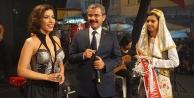 Çivril'de elma festivali Burcu Güneş konseri ile bitti
