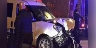 Polis otosu ile otomobil çarpıştı, 2si polis 3 kişi yaralandı